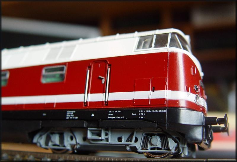 dieselhydraulische  BR 118/V 180 Dsc01110