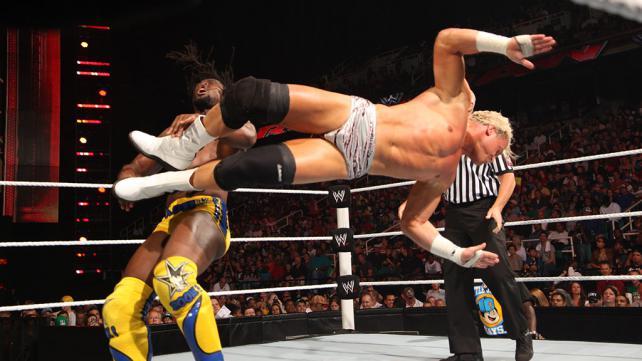 [Divers] Un an de Raw de 3 heures : le top 10 des meilleurs matchs Raw_ko10