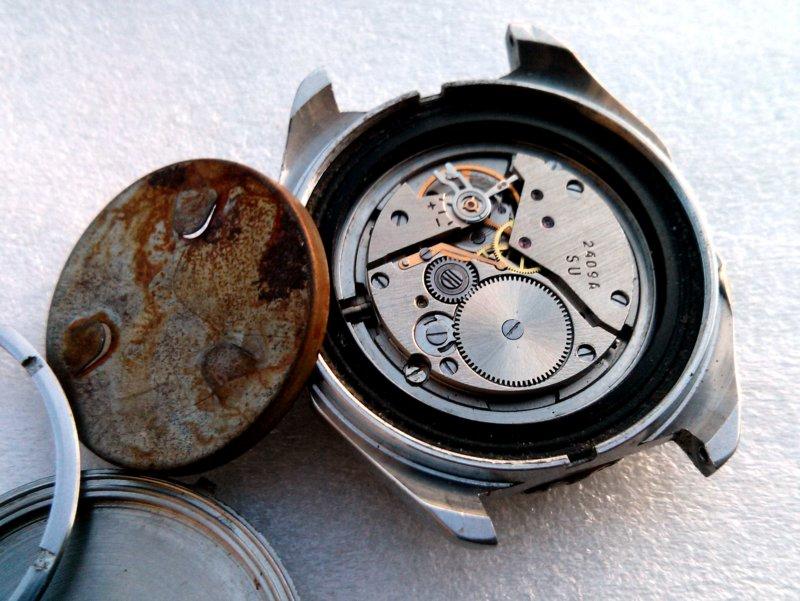Demande d'identification de deux Vostok Vostok11