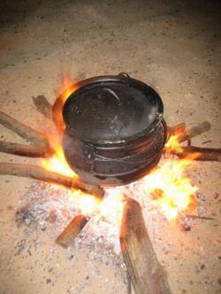 Nettoyage et entretient de casseroles en fonte Ijzere10
