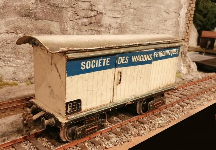 Société des wagons frigorifiques, tinplate, 1/32  Frigo_10