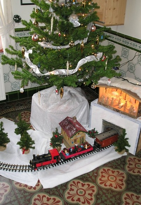 Train jouet New Bright échelle G Noel_210