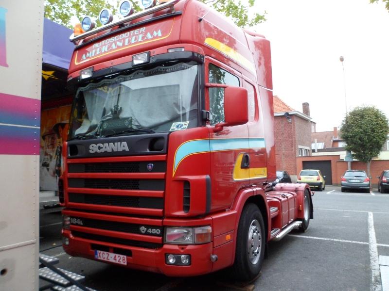 Les Camions des forains - Page 3 Sam_1413