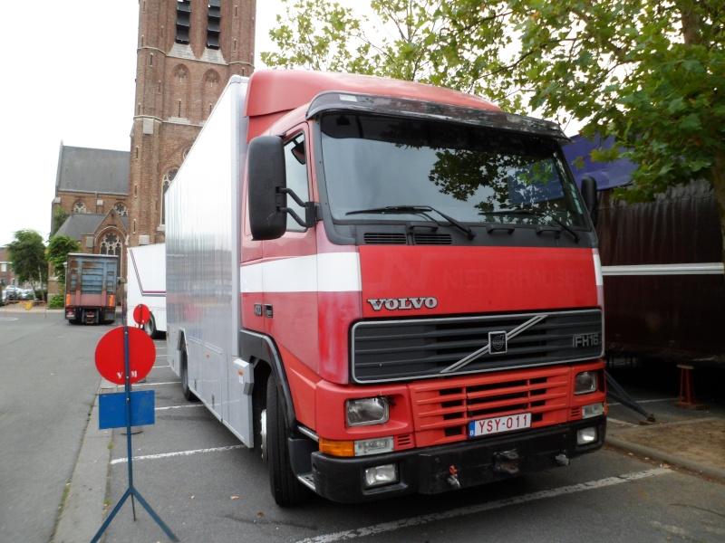 Les Camions des forains - Page 3 Sam_1415