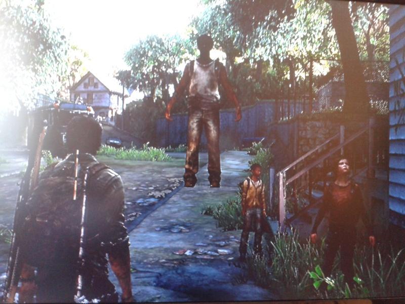 The Last Of Us + DLC SOLO : Le cadeau d'adieu de Naughty Dog à la PS3  - Page 6 2013-010