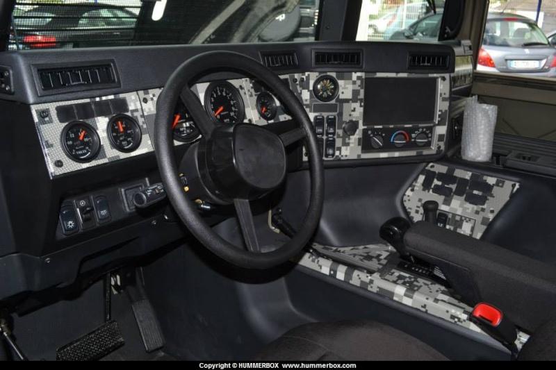 Le nouveau Hummer humvee c series arrive bientôt chez Hummer France  - Page 2 10443710