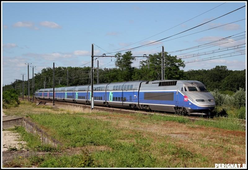 2013-06-30 / Pélerins Creil-Lourdes en TGV Duplex, par Agen 01_tgv10