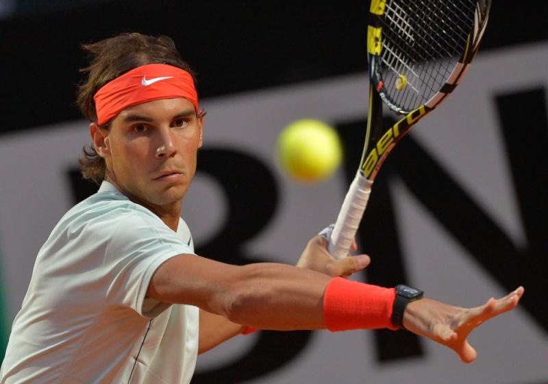 une montre sur poignet droit --- ca se fait? Nadal110