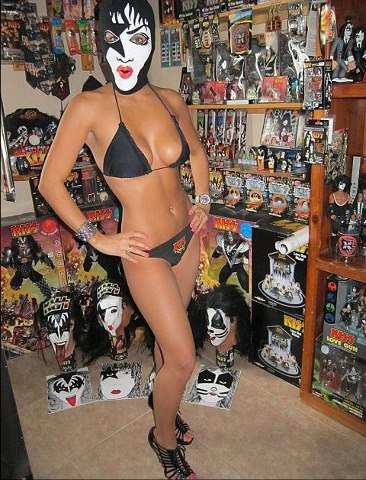 KISS GIRLS ON THE WORLD !... - Page 3 42754910
