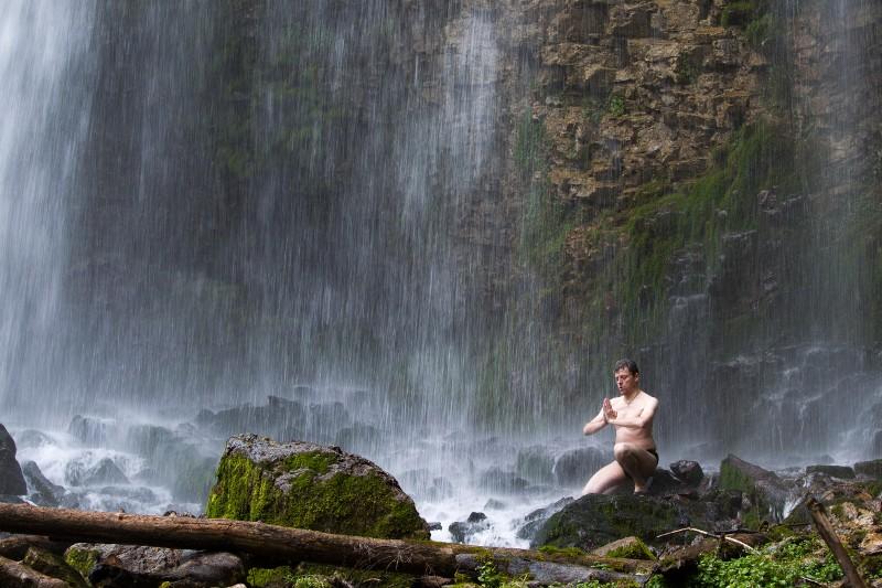 Yoga du froid dans la Chartreuse 00710