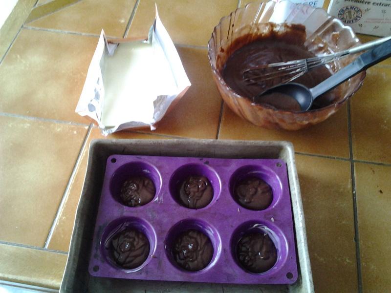 Moelleux au chocolat coeur fondant chocolat blanc 20130714