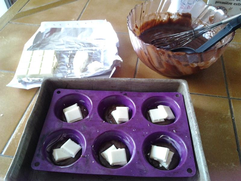 Moelleux au chocolat coeur fondant chocolat blanc 20130715
