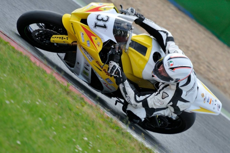 [FSBK] Magny-Cours, 7 juilllet 2013 - Page 4 Gamc10