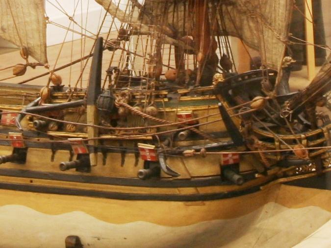 vascello 1760 da 76 cannonni - cartomodello 1/50 autocostruito - Pagina 4 Copia_11