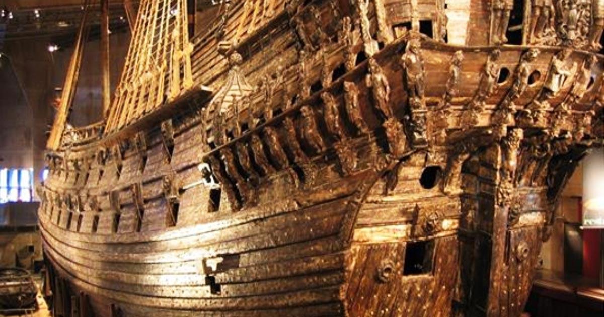 seas - autocostruzione - Sovereign of the seas - Pagina 2 Velier11