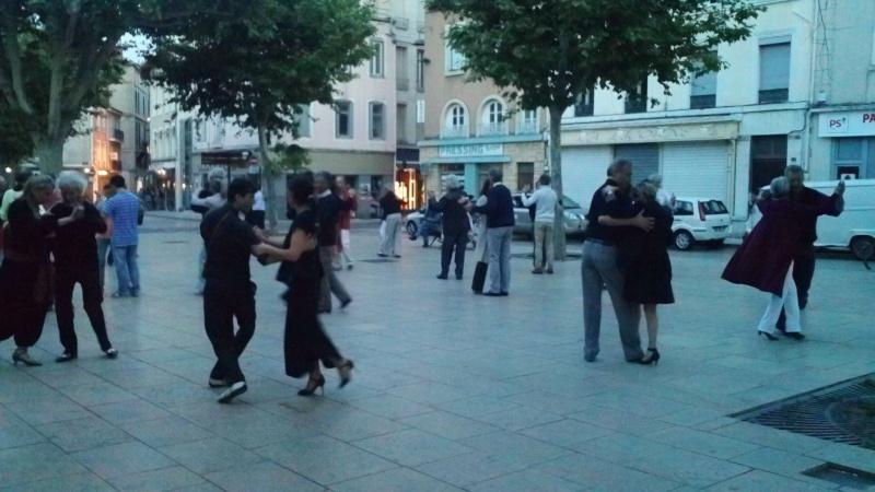 Los Jueves de Verano, 27 juin place des Clercs à Valence 100_0311
