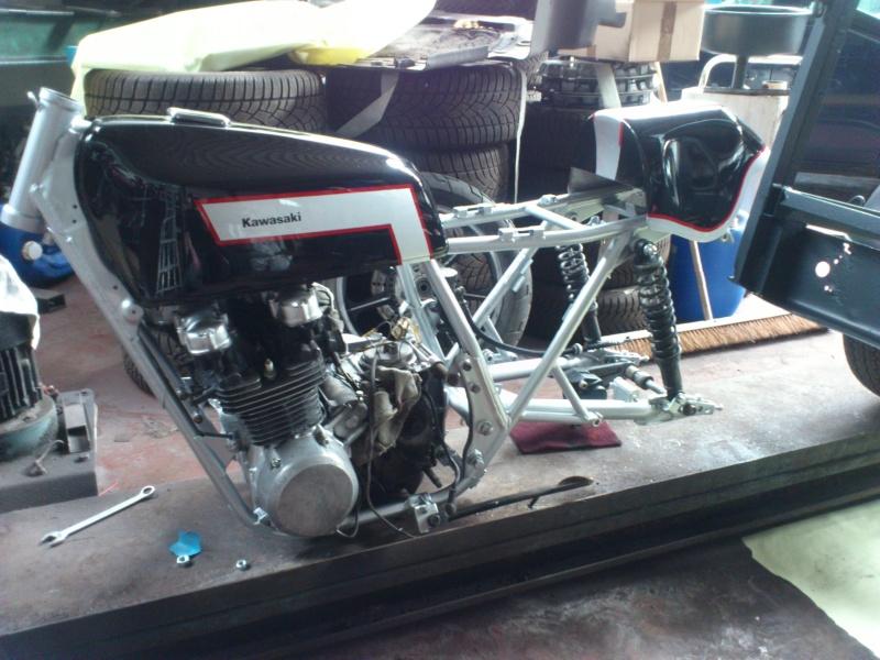 Kawa Z500 pourrie vers racer sympa et low cost>>> photos fin - Page 3 Mont110