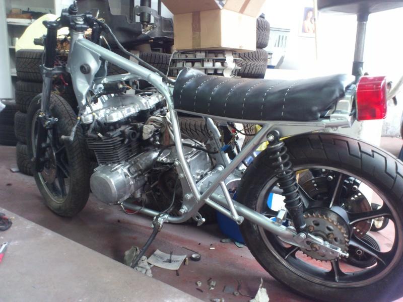Kawa Z500 pourrie vers racer sympa et low cost>>> photos fin - Page 4 Mont310