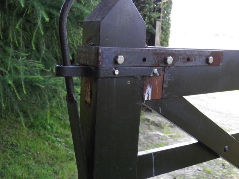 [Projet] Portail battant en bois 20130716