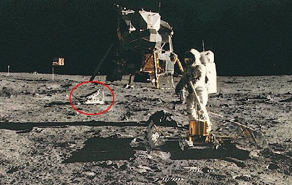 Apollo 11 : La NASA a égaré la Lune - Page 4 Apollo10
