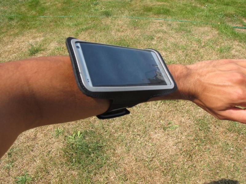 [ TEST] Housse brassard HTC One Img_6016