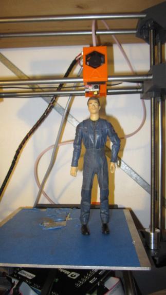 Service d'impression des personnages de Star Trek Online en 3D Img_4611