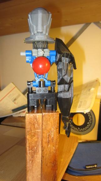 "[Terminé] Terran Task Force ""Junk Knight"" au 1/6eme mécanisé Img_5115"