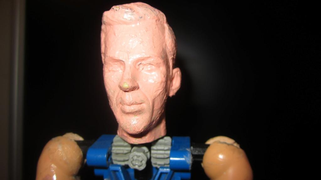 [En cours] Les figurines des capitaines des series Star Trek en Animatronic à l'echelle 1/6 Img_7323