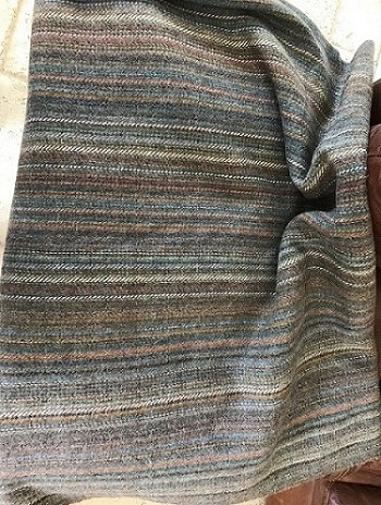help identifying origin maker of wool blanket Img_9010