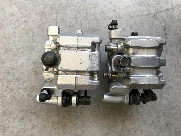 Etrier de freins AV AR XTZ et Triumph!! Img-6511