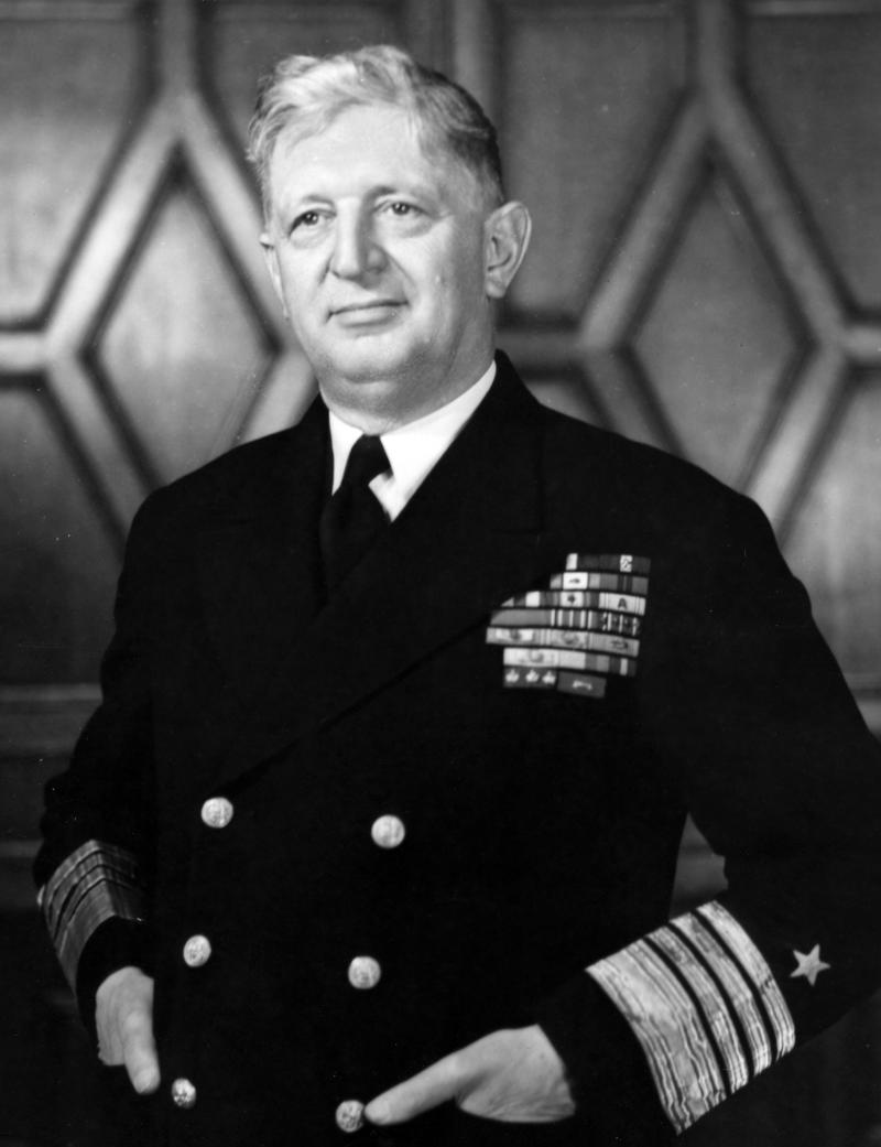DESTROYERS CLASSE SPRUANCE (Terminé) Amiral11