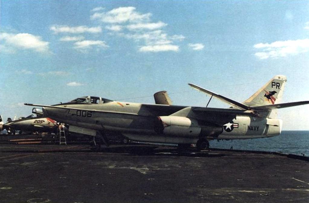 PORTE-AVIONS USS ENTERPRISE (CVN-65) Dougla45