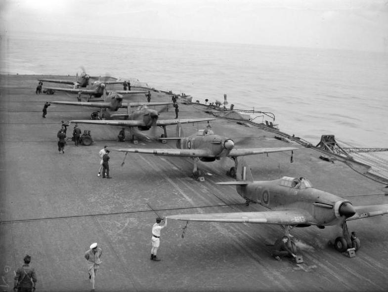 PORTE-AVIONS D'ESCADRE CLASSE ILLUSTRIOUS (NV) (Terminé) Hawker10