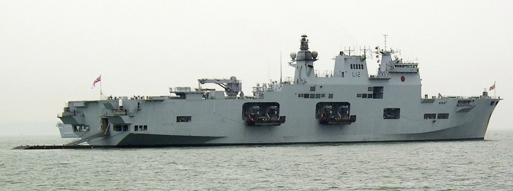 PORTE-HELICOPTERES HMS OCEAN (L-12) Hms_oc16