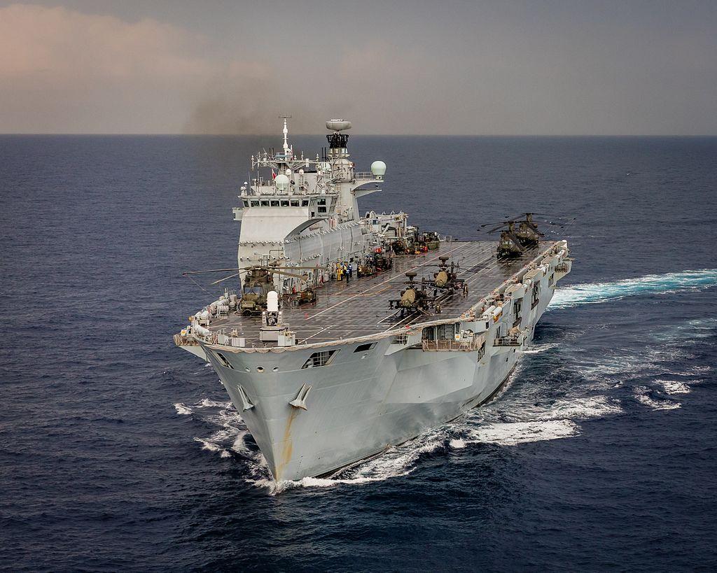 PORTE-HELICOPTERES HMS OCEAN (L-12) Hms_oc32