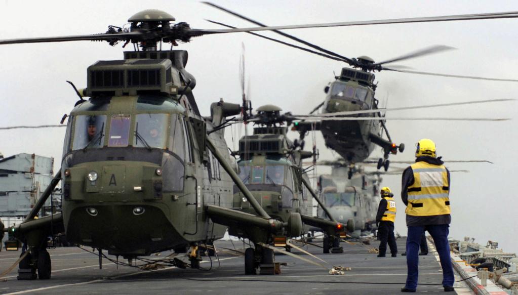 PORTE-HELICOPTERES HMS OCEAN (L-12) Hms_oc37