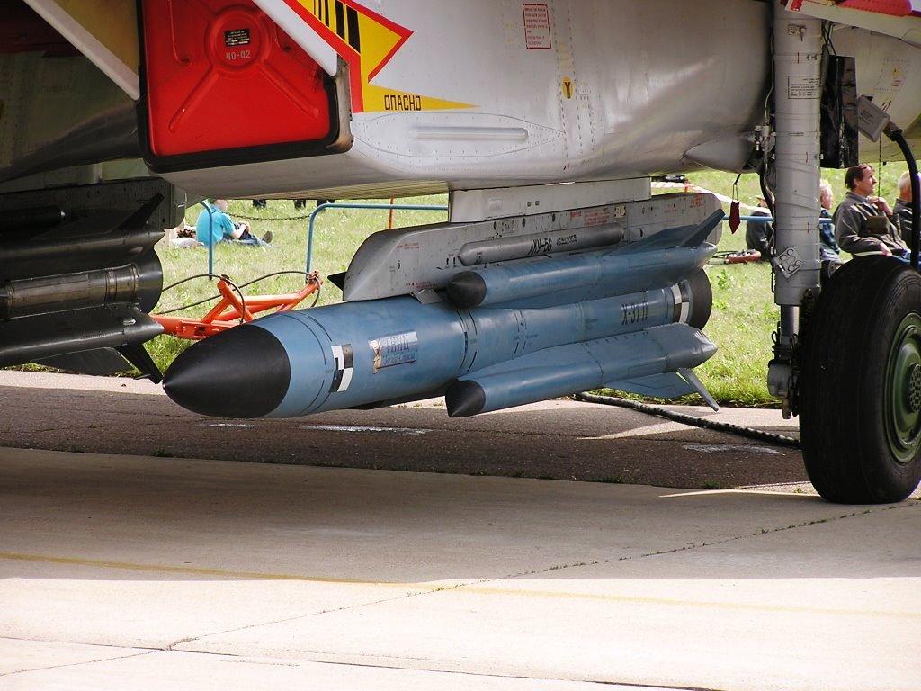 """MIKOYAN GOUREVITCH (MIG) MiG-29 """"FULCRUM""""  Kh-31_10"""