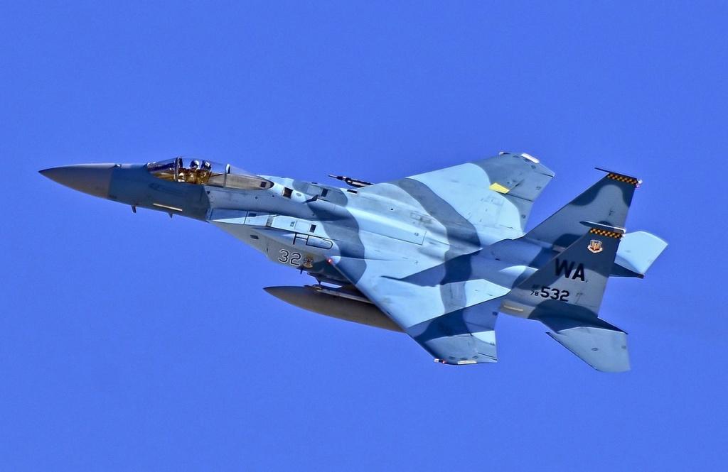SUKHOÏ SU-27 FLANKER Mcdonn13