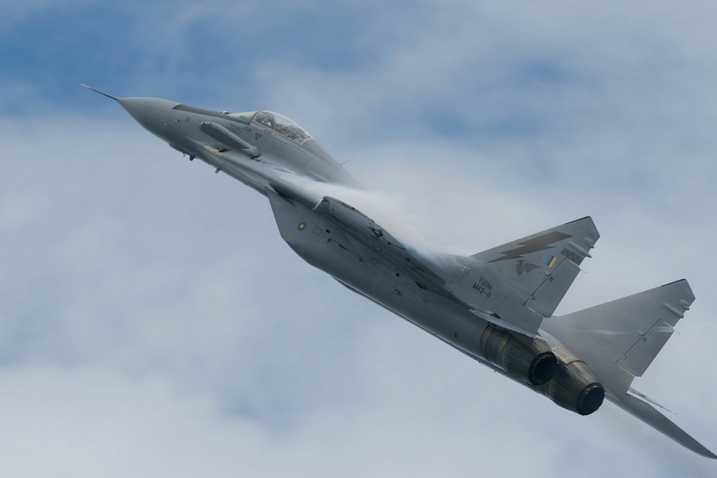 "MIKOYAN GOUREVITCH (MIG) MiG-29 ""FULCRUM""  Mig-2105"