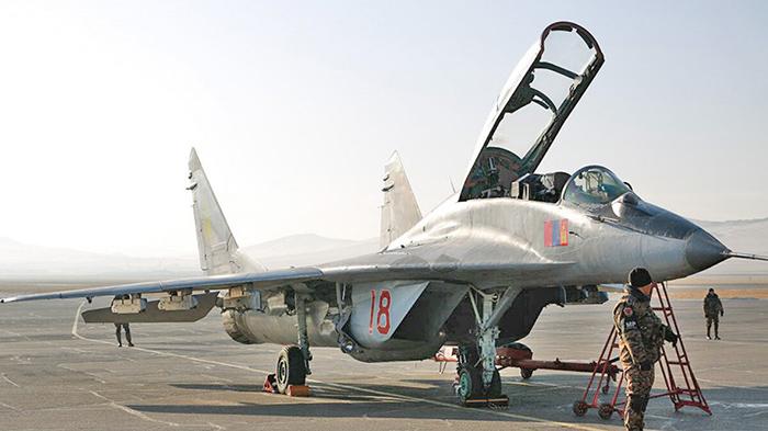 "MIKOYAN GOUREVITCH (MIG) MiG-29 ""FULCRUM""  Mig-2106"
