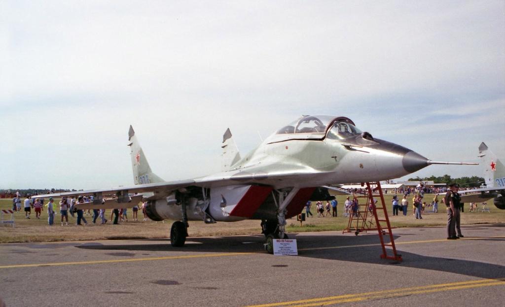 "MIKOYAN GOUREVITCH (MIG) MiG-29 ""FULCRUM""  Mig-2932"