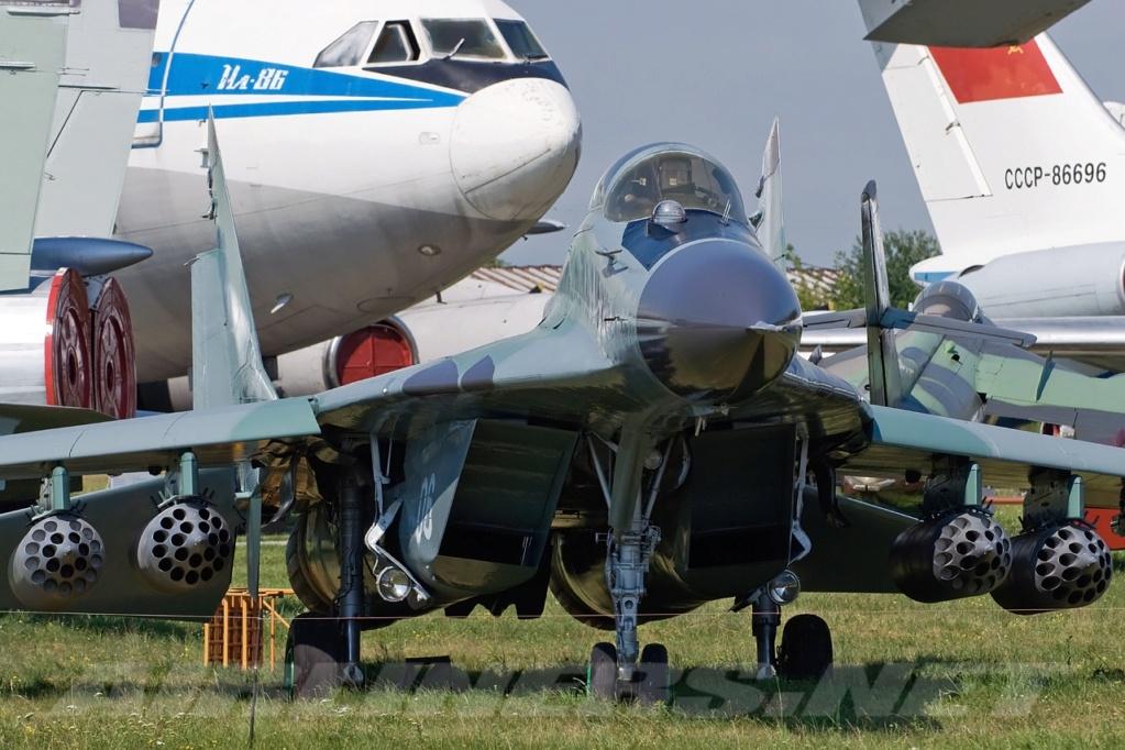 "MIKOYAN GOUREVITCH (MIG) MiG-29 ""FULCRUM""  Mig-2952"