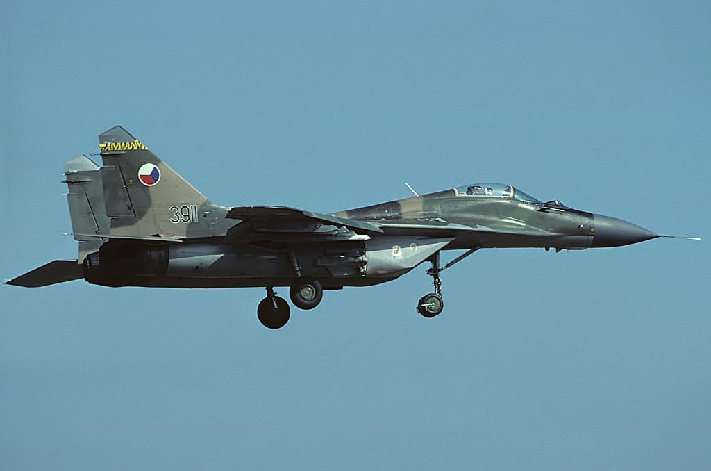 "MIKOYAN GOUREVITCH (MIG) MiG-29 ""FULCRUM""  Mig-2972"