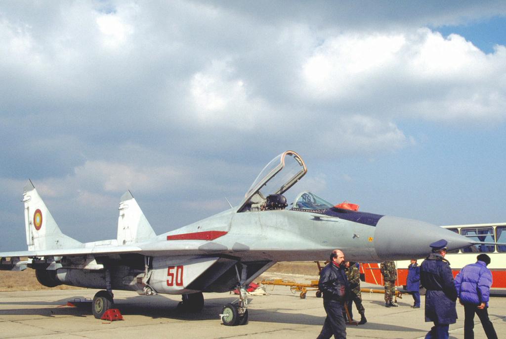 "MIKOYAN GOUREVITCH (MIG) MiG-29 ""FULCRUM""  Mig-2977"