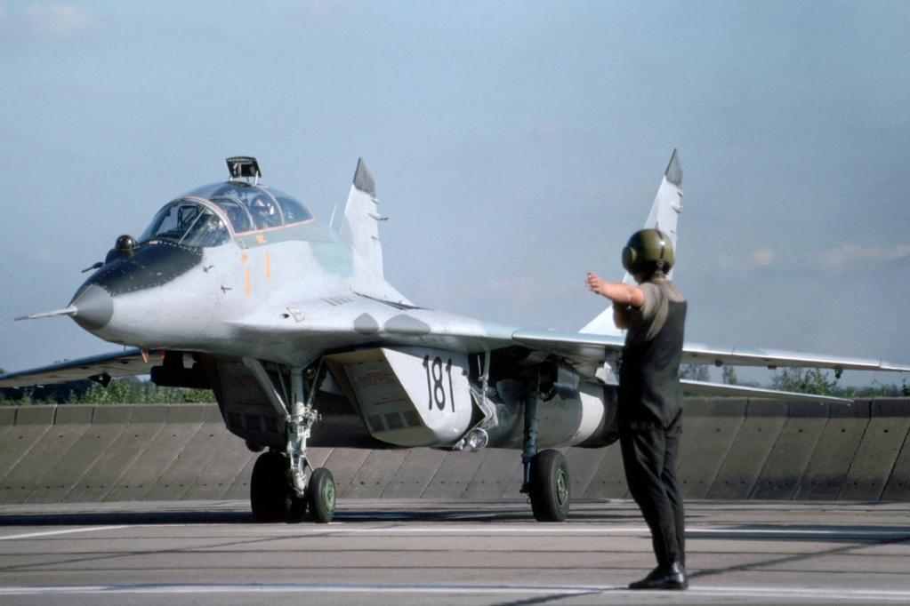 "MIKOYAN GOUREVITCH (MIG) MiG-29 ""FULCRUM""  Mig-2983"