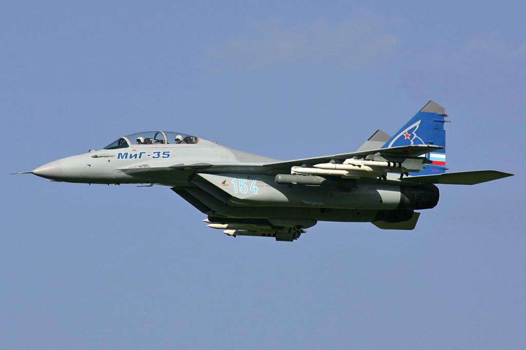 """MIKOYAN GOUREVITCH (MIG) MiG-29 """"FULCRUM""""  Mikoya11"""