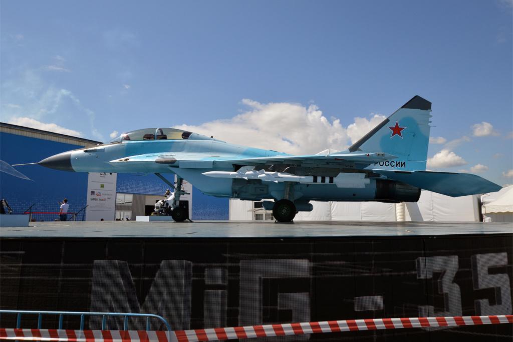 """MIKOYAN GOUREVITCH (MIG) MiG-29 """"FULCRUM""""  Mikoya13"""