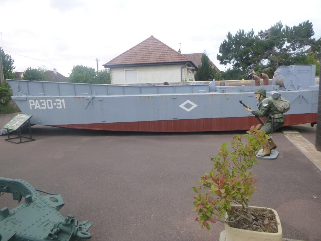 PORTE-HELICOPTERES HMS OCEAN (L-12) P1040310