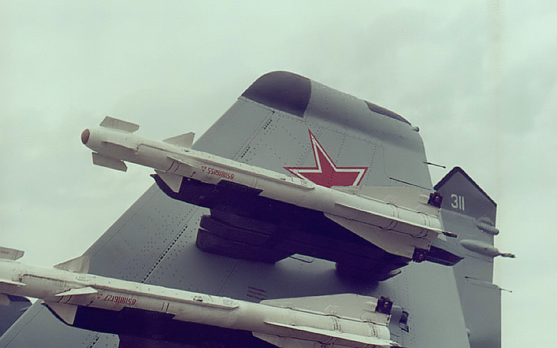 "MIKOYAN GOUREVITCH (MIG) MiG-29 ""FULCRUM""  R-6010"