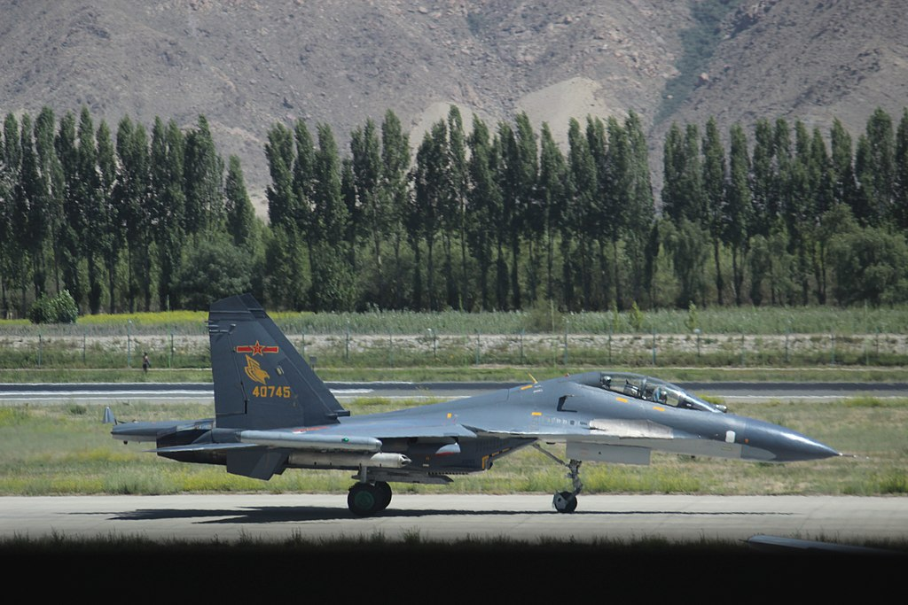 SUKHOÏ SU-27 FLANKER Shenya11
